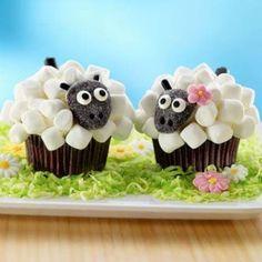 Marshmallow Sheep Cupcakes1