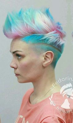 Hairstylist Fedorina Anna blue pink short shaved dyed hair