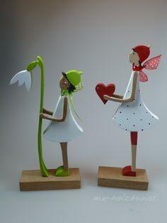 Deko-Objekte - Figur aus Holz - Valentina - Figur mit Herz - ein Designerstück von mw-holzkunst bei DaWanda
