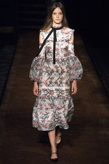 The complete Erdem Spring 2016 Ready-to-Wear fashion show now on Vogue Runway.