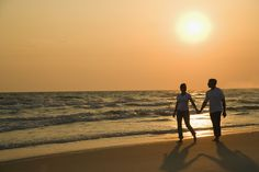 Romance is alive and well in the #MyrtleBeach. Here is our pick of the top ten most romantic spots in the Myrtle Beach area. #ValentinesDay #Vacation #Getaway http://www.vacationrentalsofnmb.com/blog/10mostromanticspots/