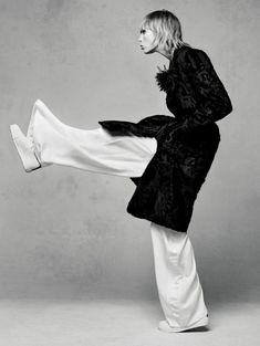 Style&Minimalism   Editorials   Vogue China   Edie Campbell by Sølve Sundsbø