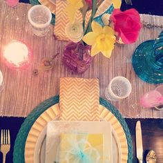 10+ Excuses to Embrace Yellow Decor: Bright hues like yellow and teal make the perfect color combination for a Spring tablescape. As long as you stick to your palette, you can mix and match patterns flawlessly.   Source: Instagram user camillestyles