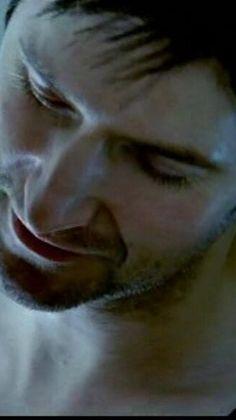 Richard Armitage...he's so pretty...