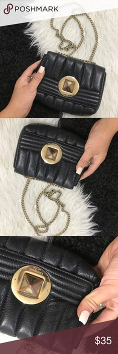 KATE SPADE CHAIN LEATHER BLACK BAG CROSSBODY As seen with some fading to middle buckle 100% authentic Kate spade kate spade Bags