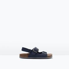 Image 1 of LEATHER BUCKLED FOOTBED SANDALS from Zara