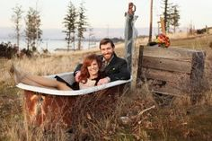 another reason to find and buy a clawfoot tub.............for a photo shoot! But how would you move it?