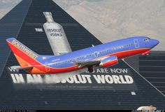 Southwest Airlines N512SW Boeing 737-5H4