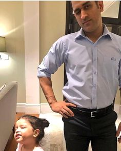 Dhoni nd ziva 😍 Ms Dhoni Wife, Ziva Dhoni, Dhoni Quotes, Ms Dhoni Wallpapers, Ms Dhoni Photos, Cricket Wallpapers, World Cricket, Piercings, Chennai Super Kings