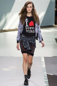 Reason #24 why I dream about New York: Fashion week.   3.1 Phillip Lim - SS 2013   Reinventing a classic.