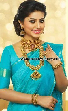 Sneha in Nakshi Mango Mala - Jewellery Designs Bridal Silk Saree, Saree Wedding, Wedding Bride, Beautiful Saree, Beautiful Indian Actress, Indian Jewellery Design, Jewellery Designs, Antique Jewellery, Indian Wedding Jewelry