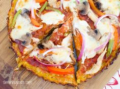 Slimming world pasta base pizza Paleo Pizza, Pizza Recipes, Diet Recipes, Cooking Recipes, Healthy Recipes, Healthy Treats, Healthy Food, Yummy Food, Slimming World Pasta