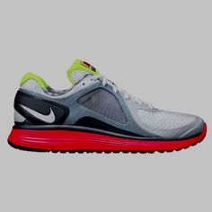 New running shoes, cant wait to break them in tomorrow!!