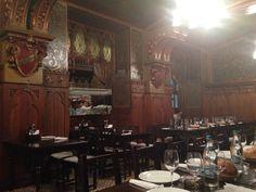 Caru cu bere, locul care păstrează nemuritor spiritul Bucureștiului de altă dată... Carousel, Fair Grounds, Painting, Painting Art, Paintings, Carousels, Painted Canvas, Drawings