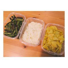 長野の仲良くなったお母さんから  わらび 芋なます カレーいも  嬉しいお惣菜詰め合わせ 郷土料理の味沁みます  #長野 #野沢温泉 #第二の母 #的な by yuk00shima