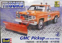 GMC Pickup Truck w/Snow Plow Plastic Model Kit  1/24 Revell