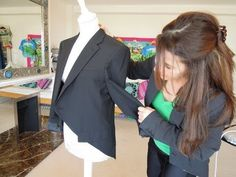 HOW TO MAKE A TAILCOAT JACKET FROM A MAN'S BLAZER - adorable!  I bet you could easily add darts in the back as well to give it a better/feminine fit. Altered Clothes, Green Arrow, Refashion, Thrifting, Project Ideas, Repurposed, Upcycle, Suit Jacket, Sewing Projects