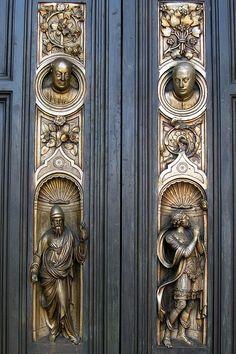 San Francisco - Nob Hill: Grace Cathedral - Ghiberti Doors