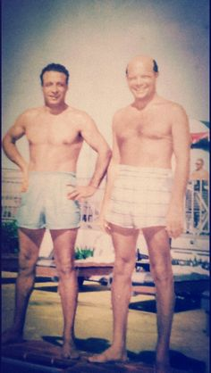 Two of the Chicago Outfit's top guys (L) Willie Messino & (R) Jackie Cerone getting some sun. (Ross Stanger Collection)