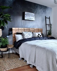 Blue Bedroom Ideas - Set light blue walls with a bright silver declaration piece. Master Bedroom Design, Bedroom Inspo, Dream Bedroom, Bedroom Decor, Blue Bedroom Walls, Blue Bedrooms, Light Blue Walls, Scandinavian Bedroom, Beautiful Bedrooms