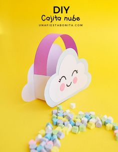 DIY - Cajita en forma de nube para dulces - Blog Una Fiesta Bonita Unicorn Birthday, Unicorn Party, Baby Birthday, Animal Crafts For Kids, Diy Crafts For Kids, Baby Shower Deco, Baby Shawer, Rainbow Theme, Ideas Para Fiestas