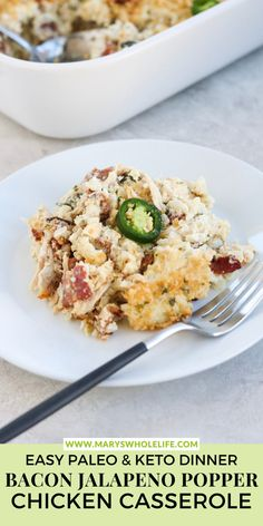This Bacon Jalapeno Popper Chicken Casserole is the ultimate comfort food. It's completely dairy free, gluten free, and grain free but tastes exactly like a bacon-wrapped jalapeño popper! Combined with some chicken and cauliflower rice and you've got a cozy little casserole the entire family will LOVE! This recipe is perfect for fall or winter. Paleo Chicken Recipes, Whole30 Recipes, Cauliflower Recipes, Cauliflower Rice, Healthy Recipes, Bacon Wrapped Jalapeno Poppers, Jalapeno Popper Chicken, Stuffed Jalapenos With Bacon, Cheesy Broccoli Casserole