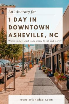 Only have one day to check out downtown Asheville, North Carolina? This Itinerary is the perfect guide to get the most out of your day downtown! Ashville North Carolina, Ashville Nc, North Carolina Vacations, Lake Lure North Carolina, Raleigh North Carolina, Downtown Asheville Nc, Visit Asheville, Photography North Carolina, North Carolina Mountains