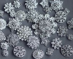 Hey, I found this really awesome Etsy listing at http://www.etsy.com/listing/112998042/20-assorted-rhinestone-button-brooch