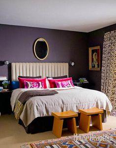 Love the dark purple walls