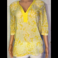 H&M yellow floral tunic Bust (armpit to armpit) 18 inches, length is 25 inches. 100% cotton H&M Tops Tunics