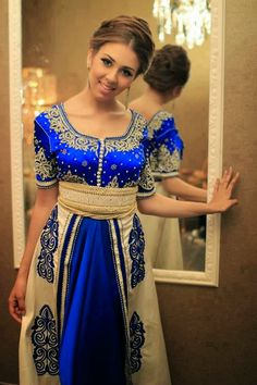 Traditional Moroccan Caftan Royal Blue: ~ Caftan in Morocco