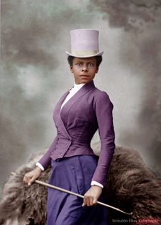 """The striking beauty featured is thought to be Selika Lazevski, an écuyère (horsewoman) who performed high level dressage. The écuyères rode side saddle in circuses and hippodromes, and were widely respected for their skills as horsewomen. Foto by Félix Nadar, 1891."""" #oldphotos #oldpictures #photoshop #photoalbum #PhotoRepair #PhotoRetouching #photorestoration #photorestoration #familyhistory #color #colorize #colorized #colourised #colorizacao #colorização #colorization #colorpicture…"""