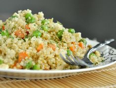 Quinoa Fried Rice by peasandcrayons #Quinoa #Fried_Rice #peasandcrayons