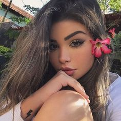 Find images and videos about girl, fashion and beauty on We Heart It - the app to get lost in what you love. Tattoo Asian, Artsy Photos, Selfie Poses, Insta Photo Ideas, Hummer, Girl Face, Tumblr Girls, Girl Photography, Pretty Face