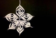 Årets smukkeste julestjerne snoet af papir