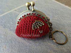 Llavero-monedero rojo con paraguas (cierre bronce)