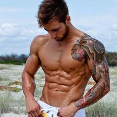 FREE Hidden secrets to losing fat FITNESS EBOOK GIVEAWAY ⬇️ Like 5 of @jacksonjohnsonfitness photos ✔️ Follow @jacksonjohnsonfitness ✔️ Comment Done ✔️ First 500 get the free Ebook Get in quick