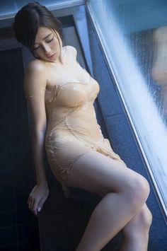 片山萌美 透け 濡れ エロ