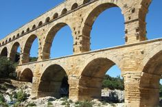 Full-day small group tour to Avignon, Pont du Gard, Orange and Chateauneuf du pape wine tour from Aix-en-Provence Small group full day tour to discover the gems of Provence including the pope city of Avignon, the Roman aqueduct of Pont du Gard bridge and the Roman theater of Orange, all listed by Unesco as world park heritage. Finish the tour with a tasting of some of the most prestigious wines of Chateauneuf du pape.   Discover the Pope city of Avignon du...