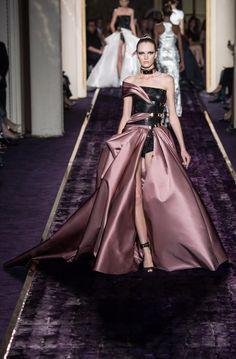 Nova Versace kolekcija na Tjednu mode u Parizu - www.gloria.hr