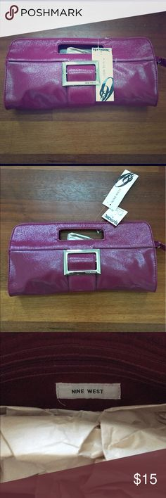 Nine West patent leather clutch in cranberry color NWT. Never used. Amazing bag! Measures 7 inches in height and 14 inches across. 30% off bundles of 2 or more listings from my closet Nine West Bags Clutches & Wristlets