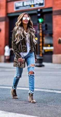 40 Great Street Style Outfit Ideas You Should Try - Love Outfits Fall Winter Outfits, Autumn Winter Fashion, Spring Outfits, Look Fashion, Fashion Outfits, Womens Fashion, Fashion Poses, Female Fashion, Petite Fashion