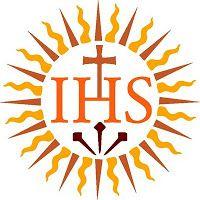 IHS - Monograma das iniciais das palavras latinas Iesus Hominum Salvator, que significam: Jesus Salvador dos homens. Empregam-se sempre em paramentos litúrgicos, em portas de sacrário e nas hóstias.