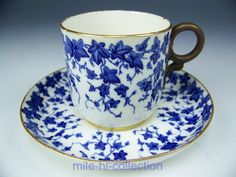 1882 ROYAL WORCESTER DARK BLUE IVY DEMITASSE TEA CUP & SAUCER TEACUP (B)
