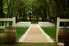 Carlos Creek Winery - Minnesota Wedding Venues @carloscreek