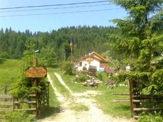 Cabana, Golf Courses, Places To Visit, Country Roads, Places Worth Visiting, Gazebo