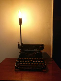 Typewriter, Table Lamp, Etsy, Lighting, Vintage, Home Decor, Corona, Typewriters, Table Lamps
