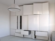 I like the idea of this kind of storage but it would definitely need some color