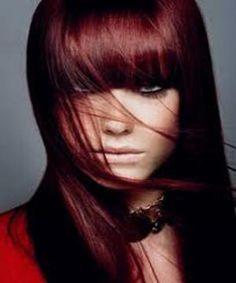 cheveux rouge acajou - Coloration Violine Rouge
