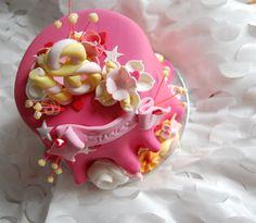 Pink 18th cake